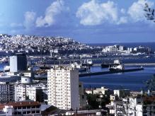 013 p07 Alger le port